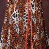 vestido longo de onca com detalhe em laranja neon tata martello frente baixo